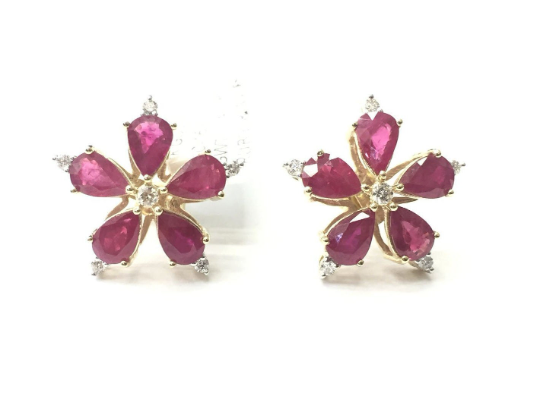 18K Solid Yellow Gold Diamond Earring With Natural Pear Shape Ruby.