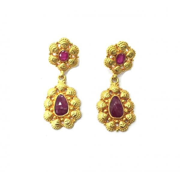 18K Solid Yellow Gold Amazing Earring Flower Shape  With Natural Ruby Stone Studded. Length-1.65 inch. Sold By 1Pc, SGTAN-1126