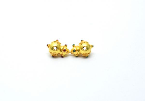 18K Solid Yellow Gold Fancy Shape 20X12X15 Bead With Stone.