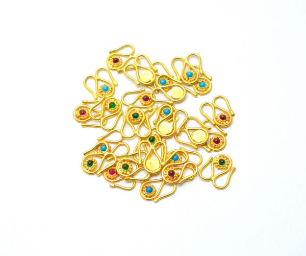 Stunning 18k Yellow Gold Finding & Clasp 12x11x2 mm Studded With Hydro Stones.