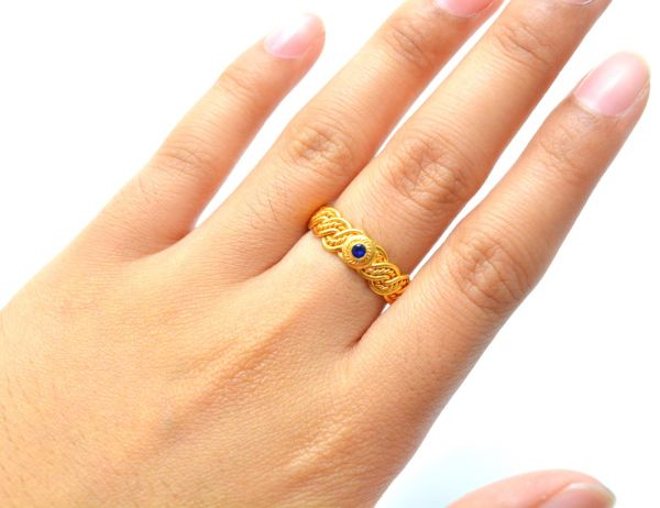 Beautiful 18k Solid Yellow Gold Ring With Hydro Stones. Handmade And Very Lightweight Free Size Ring in 18k Gold. Sold By 1 pcs