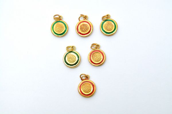 Beautiful 18k Solid Yellow Gold Enamel Pendent. 17x14mm Handmade 18k Gold Enamel Round Pendent in Shiny Finish. Sold By 1 pcs